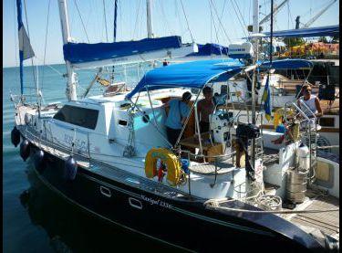 Яхта Ольга на пристани в яхт-клубе - Yachts.ua