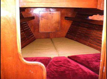 Каюта в парусной яхте Конрад 45 - Yachts.ua