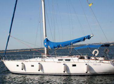Общий вид парусной яхты Флавия в Одессе - Yachts.ua