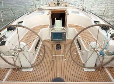 Штурвалы на парусной яхте Hanse 540 - Yachts.ua