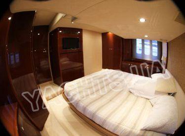 Кормовая каюта с видом на TV на яхте Принцесс 50 - Yachts.ua