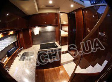 Кухня на моторной VIP яхте Принцесс 50 в Одессе - Yachts.ua