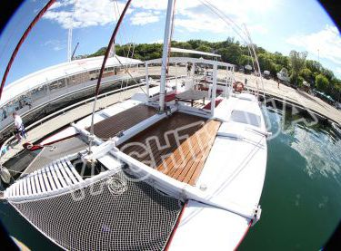 Палуба яхты Sindbad - Yachts.ua