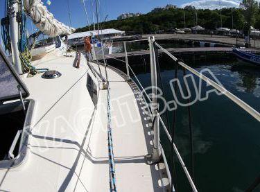 Вид на палубу по левому борту яхты София - Yachts.ua