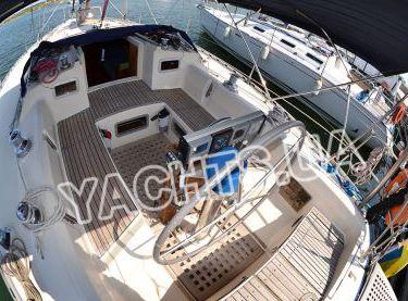 Штурвал на парусной яхте Бенету Фёрст 38 - Yachts.ua