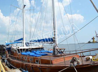 Гулет Роял Марис возле пристани в Одессе - Yachts.ua
