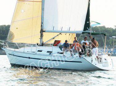 Морская прогулка в Одессе на яхте Bavaria 38 - Yachts.ua