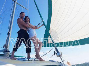 Романтическая прогулка на яхте Контенто - Yachts.ua