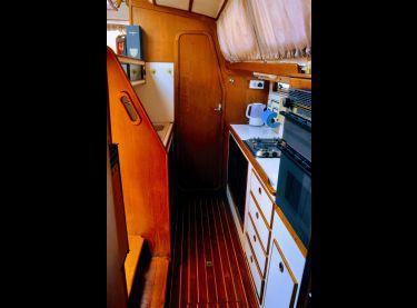 Камбуз на яхте Контенто - Yachts.ua