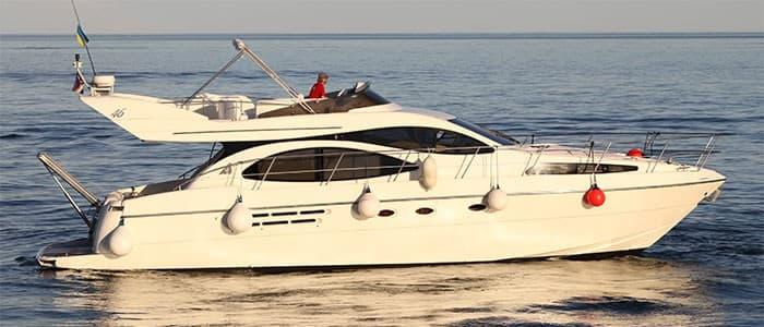 Аренда моторной яхты Azimut 46 в Одессе - Yachts.ua
