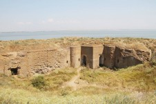 Руины крепости на острове Березань - Yachts.ua